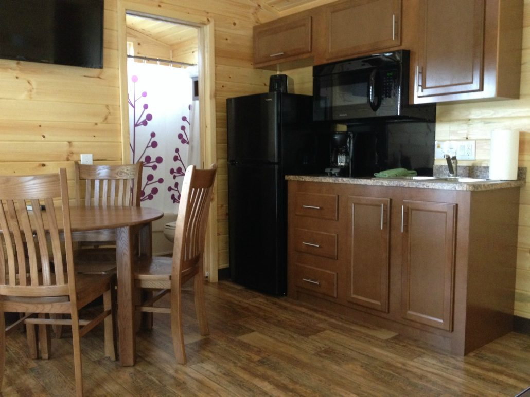 city deluxe mi cabins inside camping koa lodges and traverse in cabin